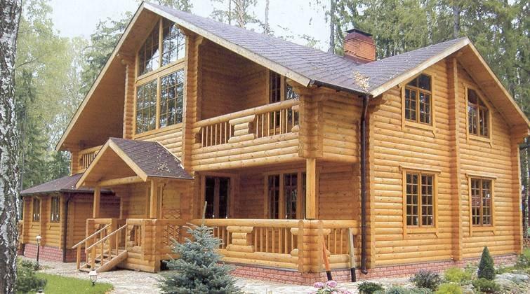 Chalets en bois rondins et poteaux poutres made in poland for Constructeur chalet prix